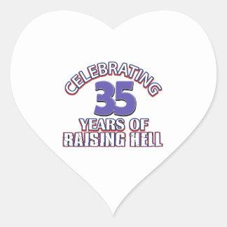 Celebración de 35 años de infierno de aumento pegatina en forma de corazón