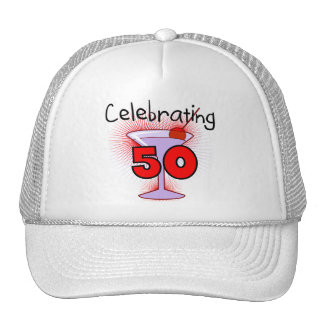 Celebración de 50 camisetas y regalos gorros bordados