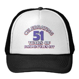 Celebración de 51 años de infierno de aumento gorras