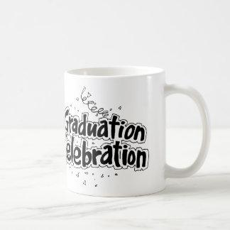 Celebración de la graduación taza clásica