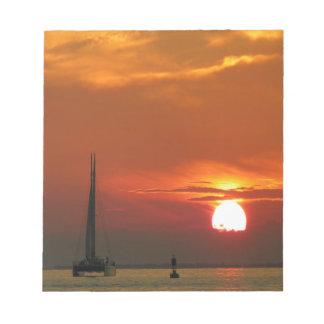 Celebración de la puesta del sol bloc de papel