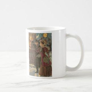 Celebración de la taza de café cruzada de la punta