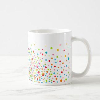 Celebración del confeti - multicolora taza clásica