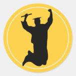 Celebración del graduado en oro del negro el | del pegatinas redondas