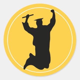 Celebración del graduado en oro del negro el | del pegatina redonda