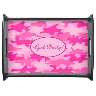 Celebración rosada del fiesta del chica del bandejas