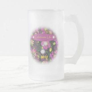 Celebre 2013 Años Nuevos del fiesta de taza de