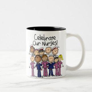 Celebre a nuestras enfermeras taza