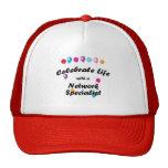 Celebre al especialista de la red gorras de camionero