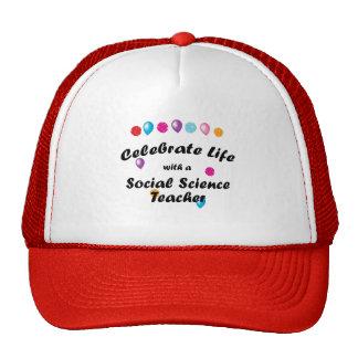 Celebre al profesor de ciencias sociales gorros