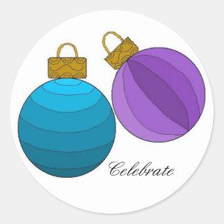 Celebre con las decoraciones del día de fiesta pegatina redonda