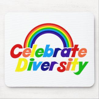 Celebre el arco iris de la diversidad tapetes de raton
