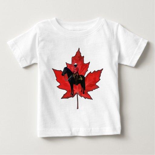 Celebre el día de Canadá Playera