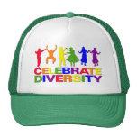 Celebre el gorra de la diversidad