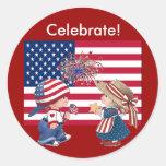 Celebre la bandera americana pegatinas redondas