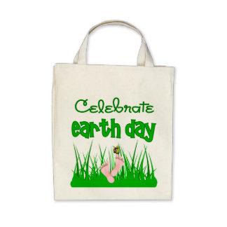 Celebre la bolsa de asas orgánica del Día de la Ti