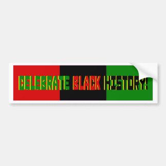 Celebre la historia negra--Bandera roja negra y v Etiqueta De Parachoque