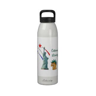 Celebre la libertad botella de beber