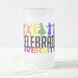 Celebre la taza de la diversidad