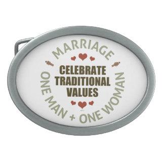 Celebre los valores tradicionales hebilla cinturón oval