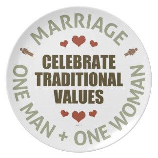 Celebre los valores tradicionales plato de cena