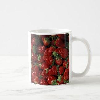 Celemín de fresas taza de café