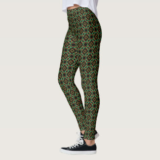 Celtic Christmas Holly Wreath Pattern Leggings