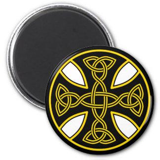Celtic Cross Double Weave Black Magnets