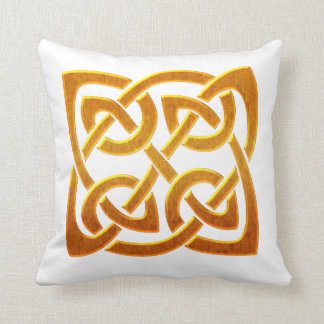 Celtic Golden D2 Irish Celtic Design Throw Pillow