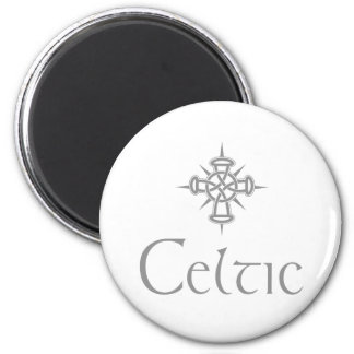 Celtic gris con la cruz imán redondo 5 cm