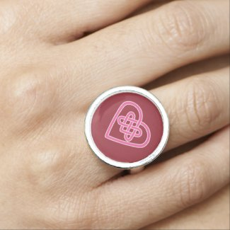Celtic Heart Ring - Red Background