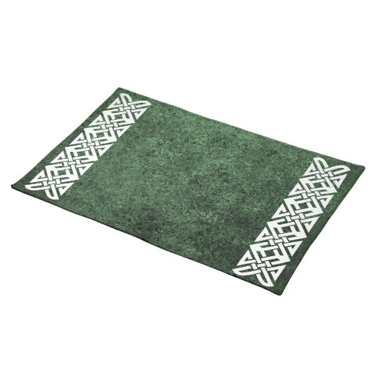 Celtic Knot 4-point, Alternate, over Green Granite Placemat