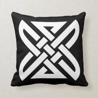 Celtic Knot 4-point Pillow