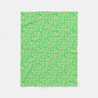 Celtic Knot Irish Braid Pattern Green Yellow Fleece Blanket