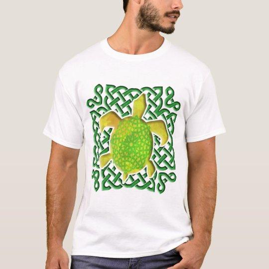 Celtic Knot Turtle - Green T-Shirt