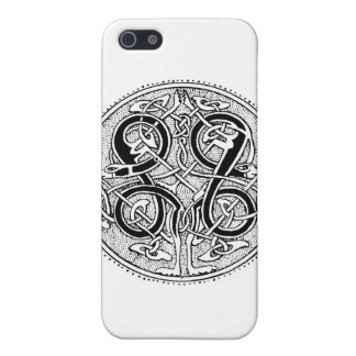 Celtic knotwork cover for iPhone SE/5/5s