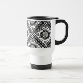 Celtic ornamentation travel mug