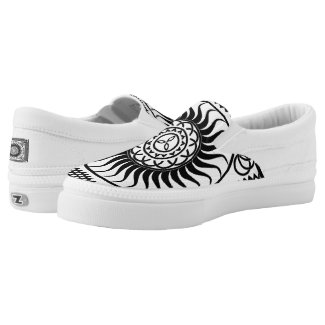 celtic pattern... Slip-On sneakers