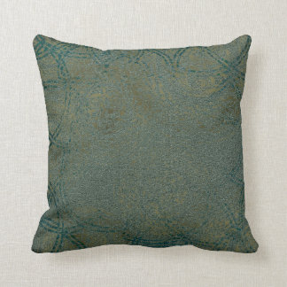Celtic Patterned Throw Pillow -011