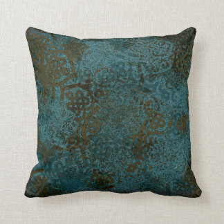 Celtic Patterned Throw Pillow -I