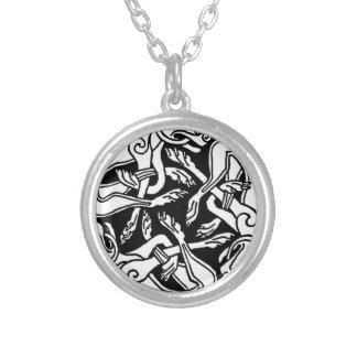Celtic rond chien pendants