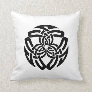 Celtic Square Knot, Triple Pattern Throw Pillows
