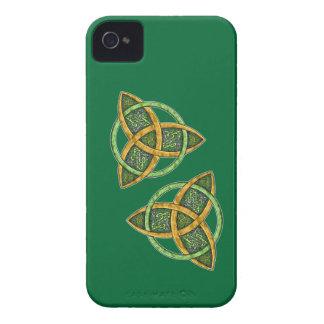 Celtic Trinity Knot Blackberry Bold Case-Mate