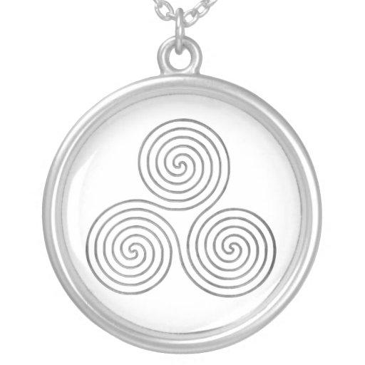 celtic triple spiral - OneLine antique silver Round Pendant Necklace