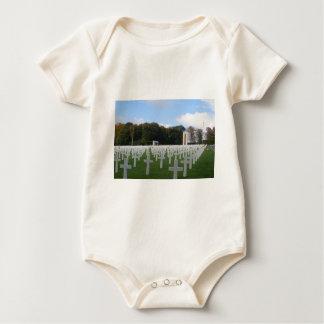 Cementerio americano Luxemburgo Traje De Bebé
