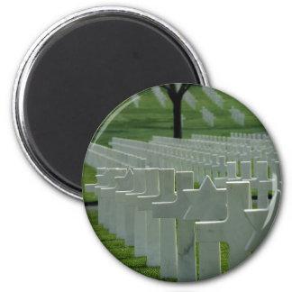 Cementerio de la Segunda Guerra Mundial, Memorial  Imán Redondo 5 Cm