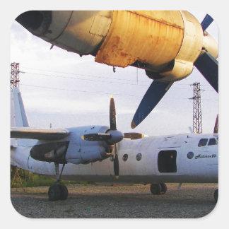 Cementerio de los aviones en el este pegatina cuadrada
