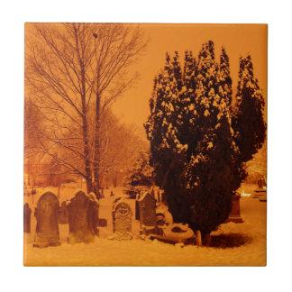 Cementerio en la nieve azulejo cuadrado pequeño