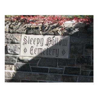 Cementerio hueco soñoliento postales