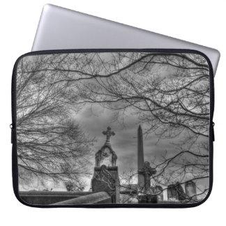 cementerio misterioso fundas computadoras